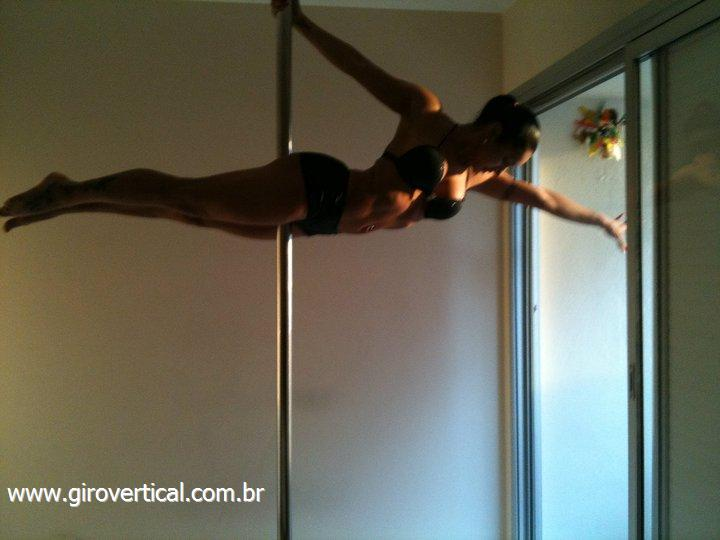 Foto 1 - Barras de pole dance � venda